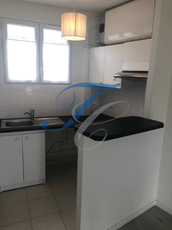 APPARTEMENT PARIS 05 - STUDIO - 27.18 m2 3/6