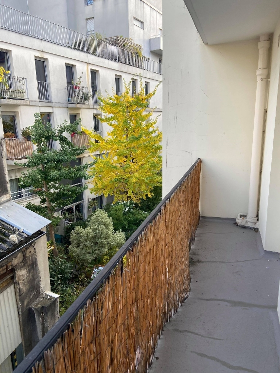 LOCATION PARIS 12 - STUDIO AVEC BALCON 1/4